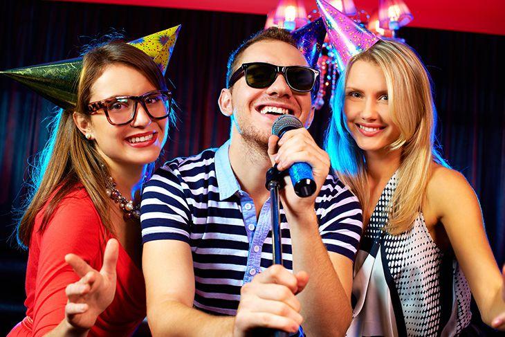 Hát karaoke online